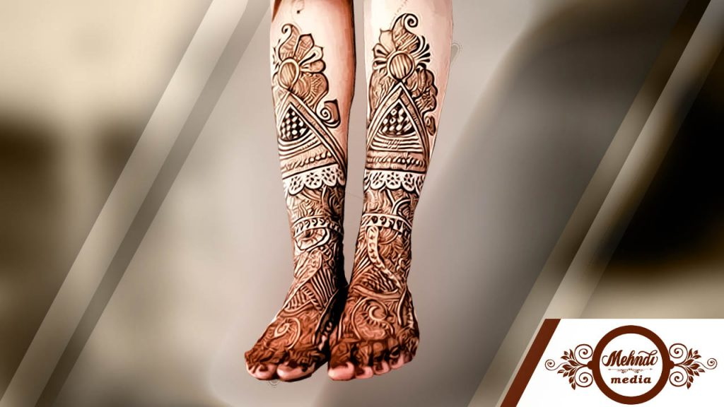 Simple Stylish Mehndi Design For Legs
